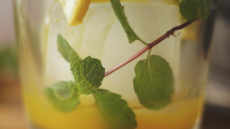 turmeric-lemon-0013-banner
