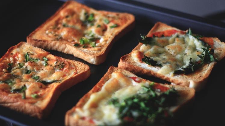 tuile-and-tea-pizza-bread4